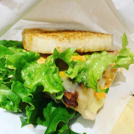 スタンドシャン食餃子ライスバーガー1