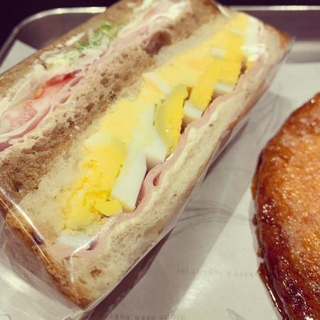ロッドのたまご&ハムチーズ