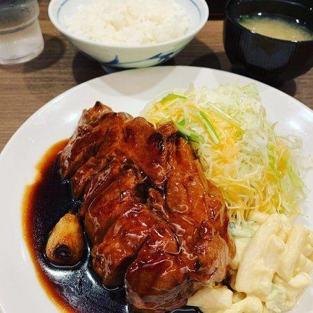 大阪トンテキのトンテキ定食3