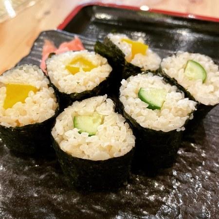 のぶちゃん 東通り店巻き寿司
