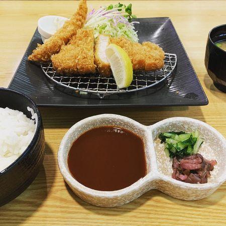 とんかつKYK阪急三番街店ロースとんかつ海老フライ1