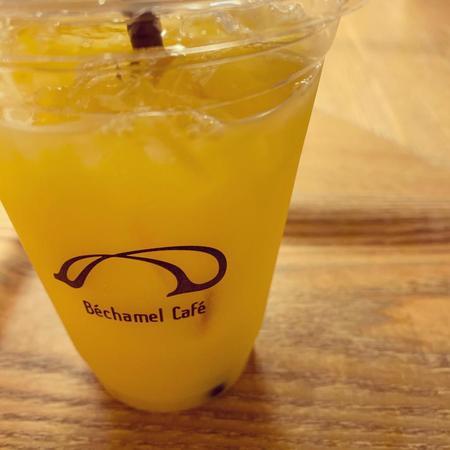 BéchamelCafé生オレンジジュース