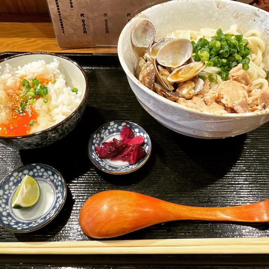 あさり肉うどん定食(玉かけセット)