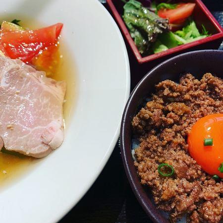 Moo冷麺定食