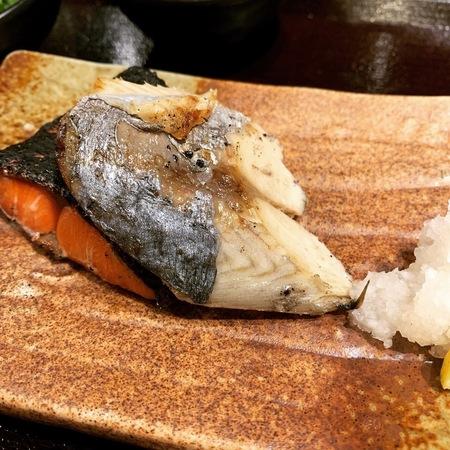 炉端焼きぱちぱち焼き魚定食