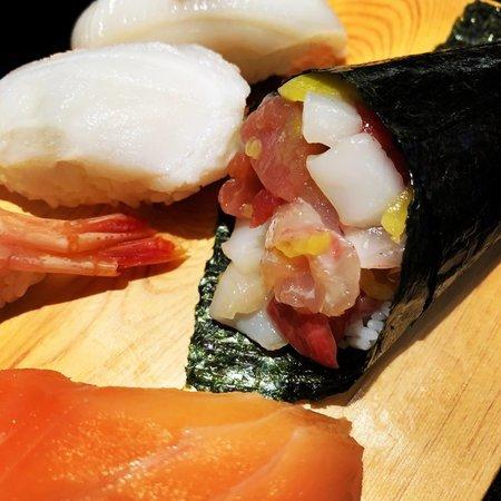 函館 立喰い寿司 函太郎 平日のお昼のお得セット2