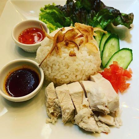 エレファントカフェ海南鶏飯1