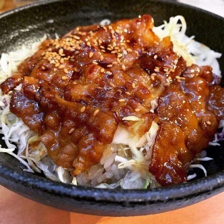 梅田スタンド網焼き豚バラ弁当1