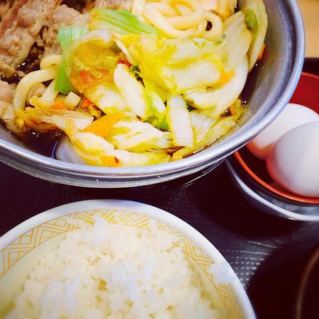 すき家の牛すき鍋定食1
