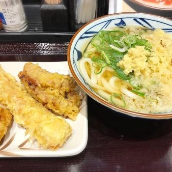 丸亀製麺かけうどんと天ぷら