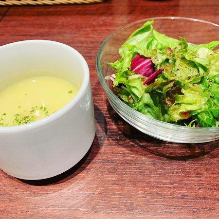 ミッテラン2世ランチのサラダとスープ