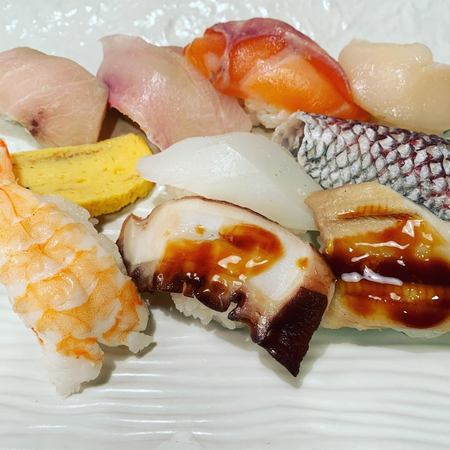 魚心本店満腹定食寿司