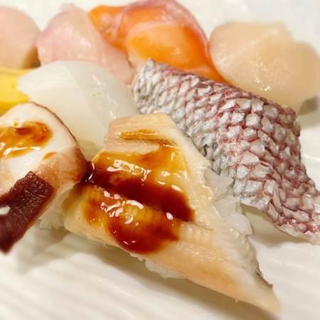魚心本店満腹定食寿1
