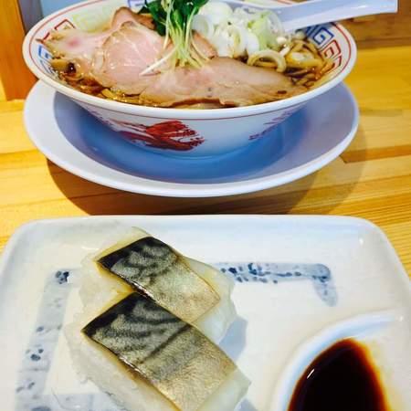 サバ醤油そば+サバ寿司(2カン)