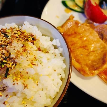 豆吉の自家製ダレ生姜焼き定食2