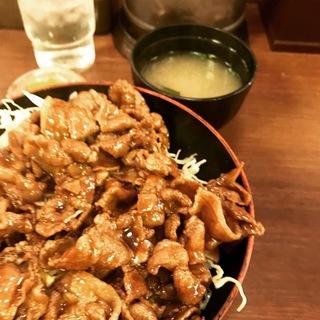 うす焼きトンテキ丼(大)