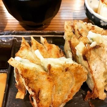 山和屋ランチギョーザ定食1