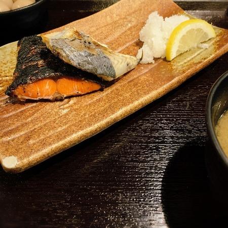 炉端焼きぱちぱち焼き魚定食2