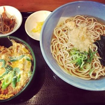 天たま丼定食(そば)