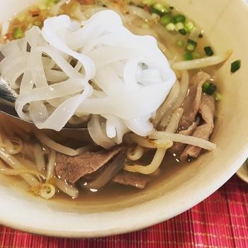 ベトナムのお米の麺ランチ(牛肉のフォー)