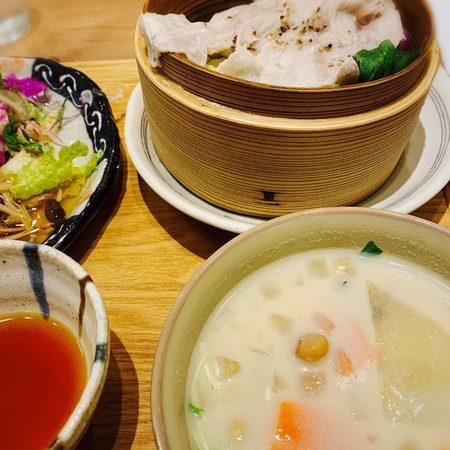 膳やムジベジプラス野菜たっぷりランチ