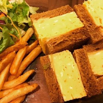 カフェ北欧館厚焼き玉子サンド2