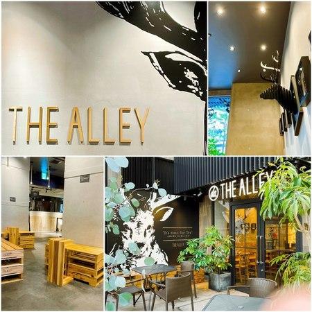 THE ALLEY 梅田エスト店