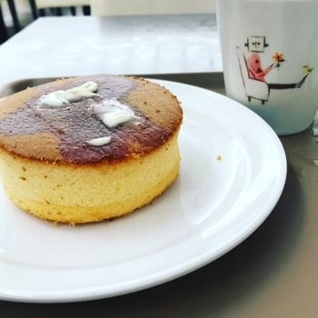 hollyscafe窯焼きホットケーキセット