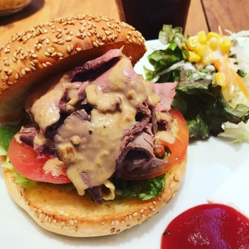 ペルコラローストビーフハンバーガー
